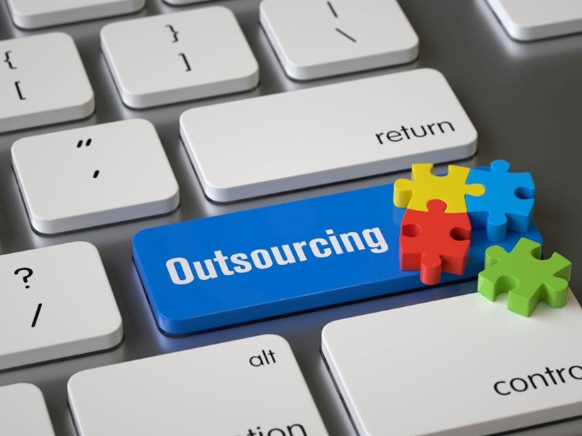 IT Outsourcing Types: Onshore, Nearshore and Offshore | Savvycom